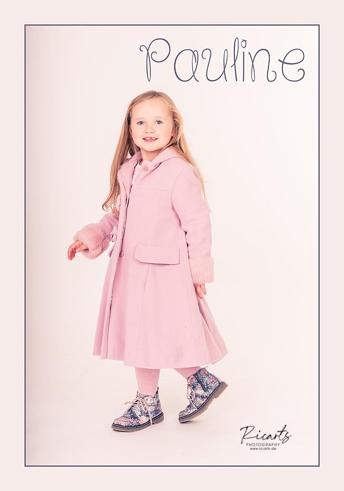 Portraitbild Kleinkind Mädchen