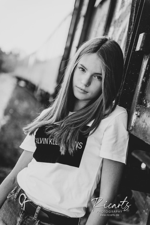 Portraitfoto Teenager outdoor
